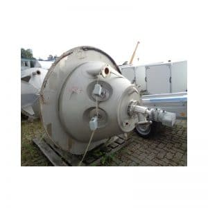 mixing-tank-900-litres-standing-bottom-3687