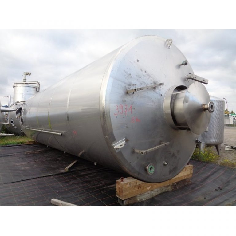 stainless-steel-tank-57000-litres-standing-3971