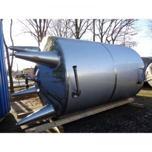 mixing-tank-12000-litres-standing-front-3988