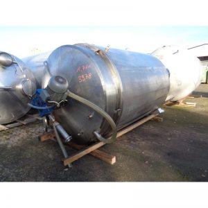 mixing-tank-7000-litres-standing-top-3978