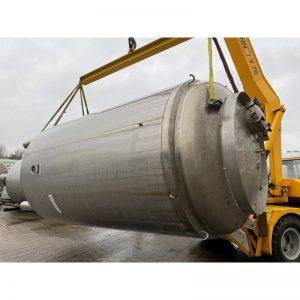 pressure-vessel-9505-litres-standing-front-3982